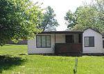 Foreclosed Home en HIGH ST, Leavenworth, KS - 66048