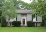 Foreclosed Home en FALLING ROCK DR, Stuarts Draft, VA - 24477