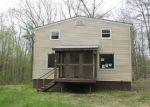 Foreclosed Home en ZION HILL RD, Bridgton, ME - 04009