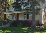 Foreclosed Home en W PARKWAY ST, Redford, MI - 48239