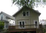 Foreclosed Home en E LOCUST ST, Davenport, IA - 52803