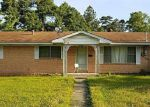 Foreclosed Home en JEFFERSON AVE, Lufkin, TX - 75904
