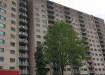 Foreclosed Home en N VAN DORN ST, Alexandria, VA - 22302