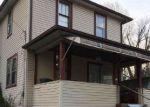 Foreclosed Home en MANSION ST, Hamlin, WV - 25523