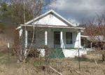 Foreclosed Home en PINE GROVE RD, Lindside, WV - 24951
