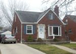 Foreclosed Home en LOCHMOOR ST, Harper Woods, MI - 48225