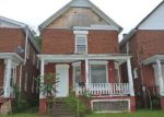Foreclosed Home en W WALNUT ST, Canton, IL - 61520
