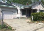 Foreclosed Home en E FULTON ST, Gloversville, NY - 12078