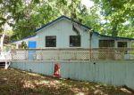 Foreclosed Home en HOLLAND DR, Camdenton, MO - 65020