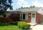 Foreclosed Home en VAN SULL ST, Westland, MI - 48185