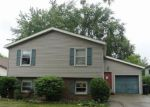 Foreclosed Home en ANCHOR DR, Bloomington, IL - 61704