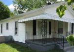Foreclosed Home en TRIANA BLVD SW, Huntsville, AL - 35805