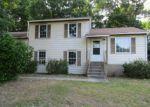 Foreclosed Home en CHESHIRE DR, Hopewell, VA - 23860