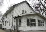 Foreclosed Home en N ROOSEVELT AVE, Bloomington, IL - 61701