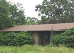 Foreclosed Home en S LAWRENCE AVE, Seneca, SC - 29678