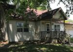 Foreclosed Home en E DANIEL ST, Albany, MO - 64402