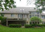 Foreclosed Home en KNOB CREEK DR, Rochester, MI - 48306