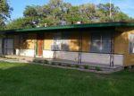 Foreclosed Home en FM 622, Victoria, TX - 77905