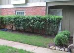 Foreclosed Home en HAYES ST, Overland Park, KS - 66213
