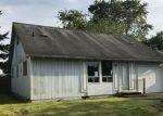 Foreclosed Home en E 65TH ST, Tacoma, WA - 98404