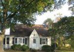 Foreclosed Home en ASBURY BROADWAY RD, Asbury, NJ - 08802