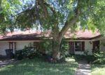 Foreclosed Home en CANTERBURY LN, Victoria, TX - 77904