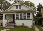 Foreclosed Home en S 2ND AVE, Maywood, IL - 60153