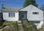 Foreclosed Home en KENSINGTON ST, New Kensington, PA - 15068