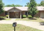 Foreclosed Home en E HOWARD ST, Roland, OK - 74954