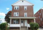 Foreclosed Home en SHUTTLE MEADOW AVE, New Britain, CT - 06052