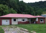 Foreclosed Home en ASHFORD NELLIS RD, Ashford, WV - 25009