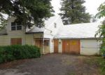 Foreclosed Home en SE KELLY ST, Portland, OR - 97236