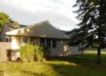Foreclosed Home en MOORE LAKE DR W, Minneapolis, MN - 55432