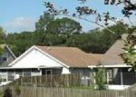 Foreclosed Home en SHADYBROOK DR, Tampa, FL - 33625