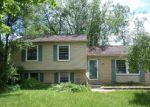 Foreclosed Home en KINGS ARMS RD, Waterford, MI - 48327