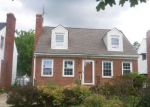 Foreclosed Home en PENNINGTON RD, Cleveland, OH - 44120