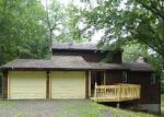 Foreclosed Home en W DAYTON HILL RD, Wallingford, CT - 06492