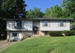 Foreclosed Home en CALMES BLVD, Winchester, KY - 40391