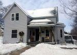 Foreclosed Home en W CHAPEL ST, Dodgeville, WI - 53533