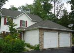 Foreclosed Home en WITNESS TREE CIR, East Stroudsburg, PA - 18301