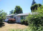 Foreclosed Home en WHITWORTH LN, Springfield, OR - 97477