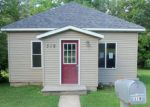 Foreclosed Home en W HIGH ST, Spring Valley, MN - 55975