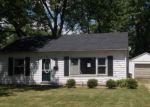 Foreclosed Home en E FAIRLAWN DR, Urbana, IL - 61801