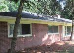 Foreclosed Home en LONGCREST ST, Southfield, MI - 48076