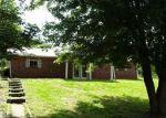 Foreclosed Home en SPORTSMAN LAKE RD, Elizabethtown, KY - 42701