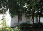 Foreclosed Home en W BRIDGE ST, Streator, IL - 61364