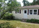 Foreclosed Home en FOREST AVE, Danbury, CT - 06810