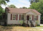 Foreclosed Home en ELM ST, Elberton, GA - 30635