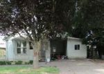 Foreclosed Home en N 2ND ST, Woodburn, OR - 97071
