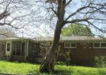 Foreclosed Home en 1ST AVE, Tuscumbia, AL - 35674